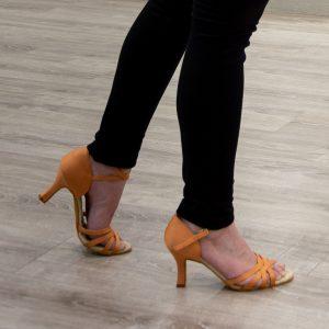Zahir Ávila escuela academia bailes latinos