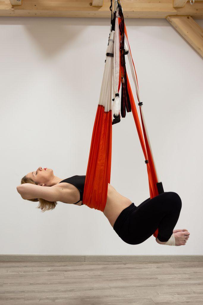 Zahir Ávila escuela academia yoga y pilates aereo aeroyoga aeropilates