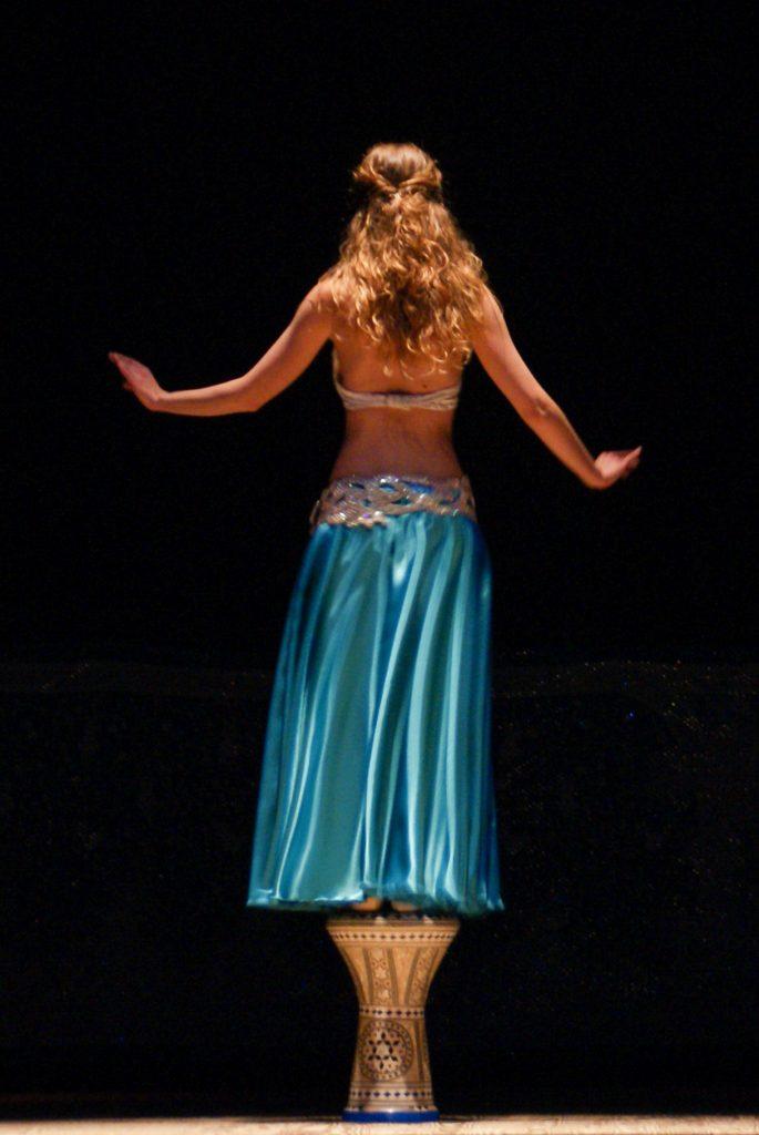 Zahir Ávila escuela academia danza oriental